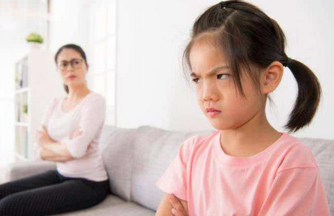 孩子智力低下的前兆,有这些表现,父母就要警醒了