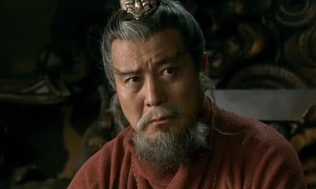 官渡之战前夕,袁绍三大谋士曾分别献灭曹之计,哪个方为上策?