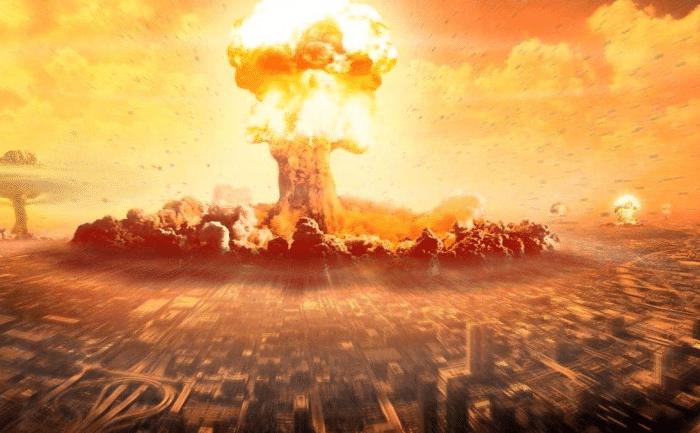 日本唯一挨过两颗原子弹的人,不但没被炸死,还活到了93岁!