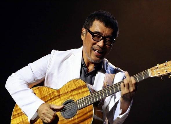 李宗盛曾下跪的天王,演唱会因他禁瓶装水,结果被《歌手》淘汰