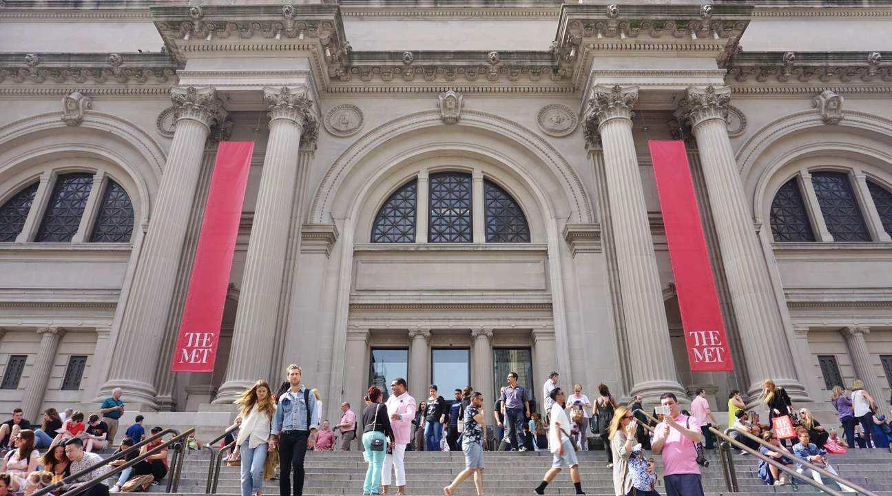 """美国大都会博物馆有尊青铜鼎,鼎中铭文,泄露""""布谷鸟""""国的存在"""