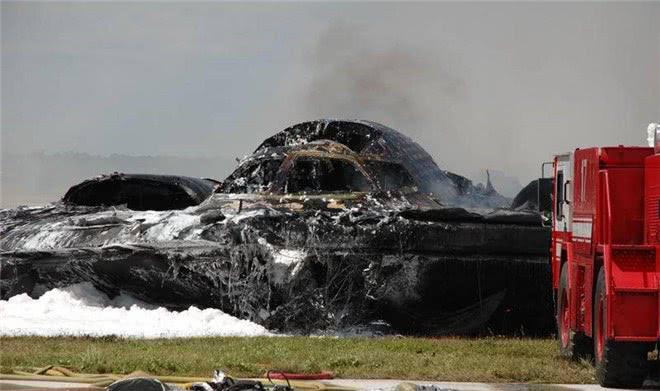 低级缺陷葬送全球最贵战机,升空就爆炸,24亿美元瞬间化为乌有