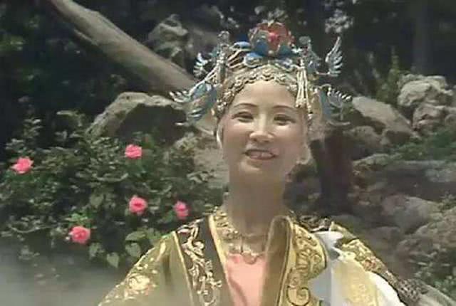 黎山老母真实身份到底是什么她最有名的三个徒弟都有谁