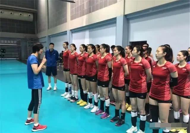 女排奥预赛开始减员,这两人已离队,郑益昕上位,刘晏含有望入围