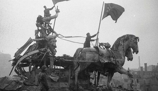 意志与意志对决,正义终将获胜——二战史上苏联神奇的坦克小分队