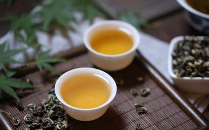 如何泡出一杯好茶?除了需选对容器之外,还要掌握泡茶的基本要素