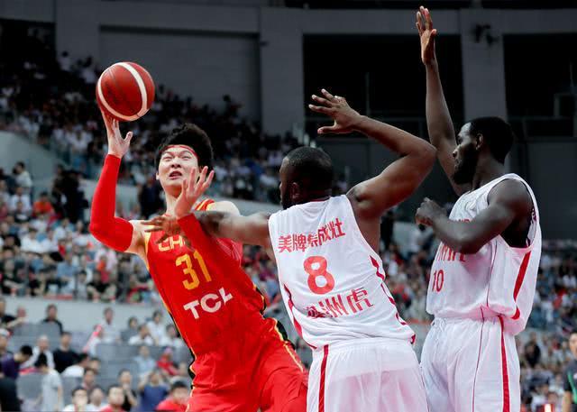 中国男篮手感回归,郭艾伦易建联轮休,14分大胜非洲劲旅喀麦隆