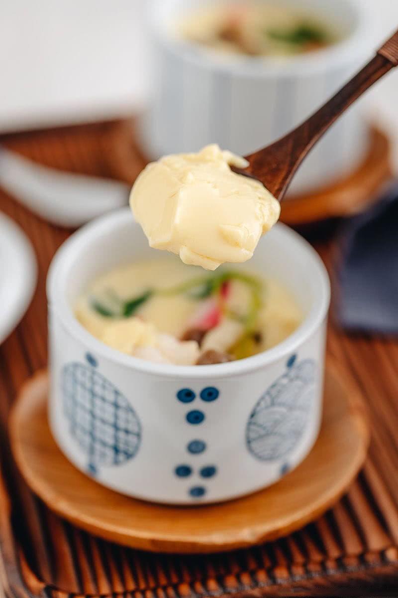 茶碗鸡蛋羹这样做,蛋滑肉嫩,没蜂窝,小孩都爱偷着吃,贼香