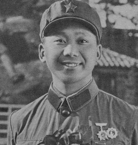 """哈尼族副连长""""死而复生"""",巧用越军俘虏,1小时拿下越军据点"""