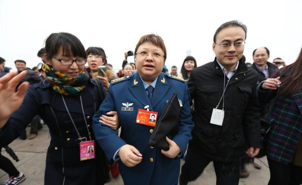 韩红基金会举报人接受媒体采访,透露举报原因,称韩红方私底下已有动作