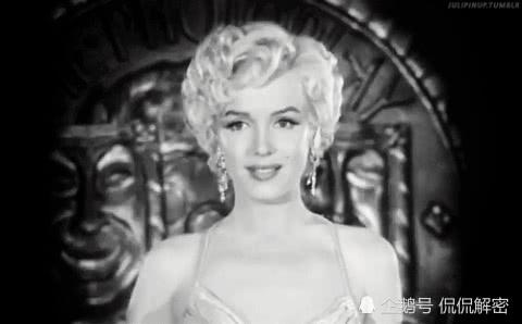 直击玛丽莲梦露的真容,一颦一笑尽显性感,老照片见证玄机