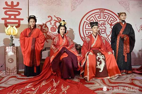 从明兰与黄蓉的发饰造型,浅谈宋朝女子出嫁前后的发型特点