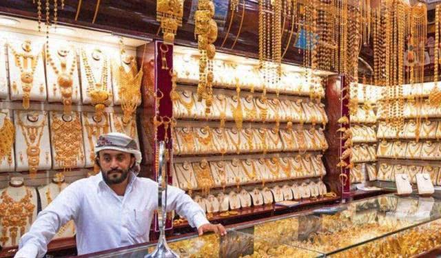 <b>印度黄金白菜价,为何导游奉劝游客不要购买导游:谁买谁就知道</b>