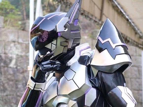 假面骑士:邪恶的骑士来袭,酷似耿鬼,东映的皮套其实也可以科幻