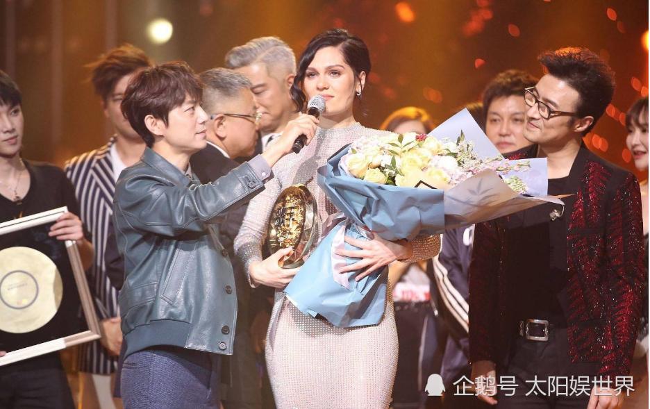 《歌手》云录制有影响,华晨宇无缘三连冠,跟前两年经历一样
