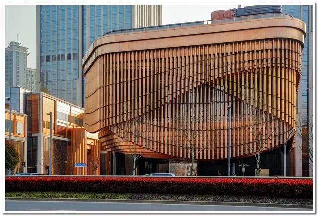 会动的建筑你见过吗这几栋建筑,一定让你对现代艺术叹为观止!