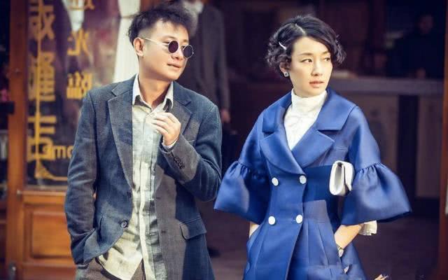 马伊琍离婚后首晒照,牵手两个女儿游日本小镇心情好