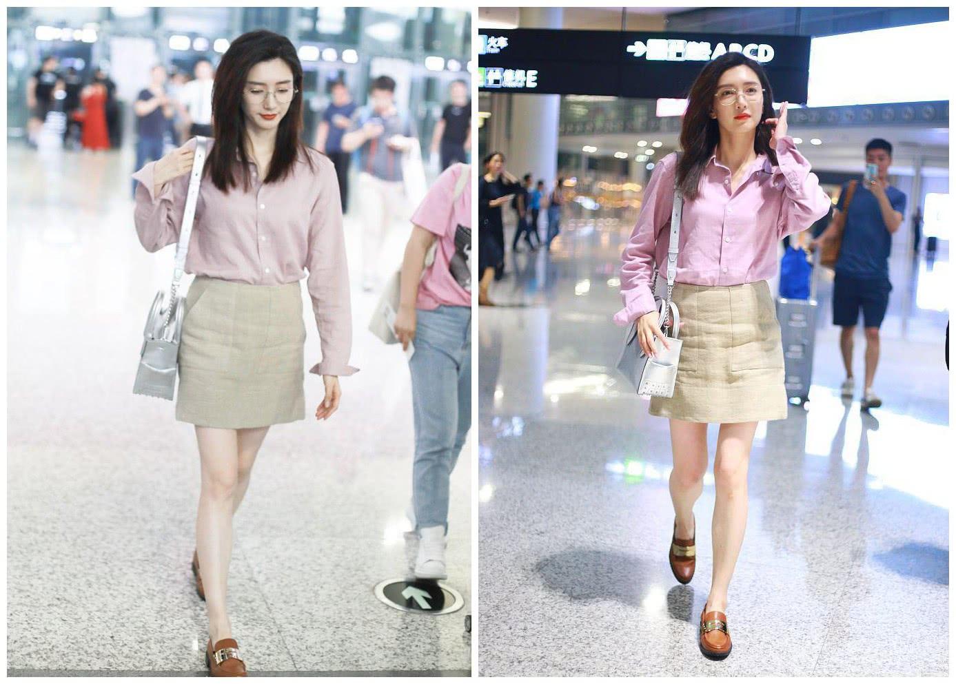 """江疏影真会穿,粉色衬衫配半身裙,""""筷子腿""""细得让人羡慕"""