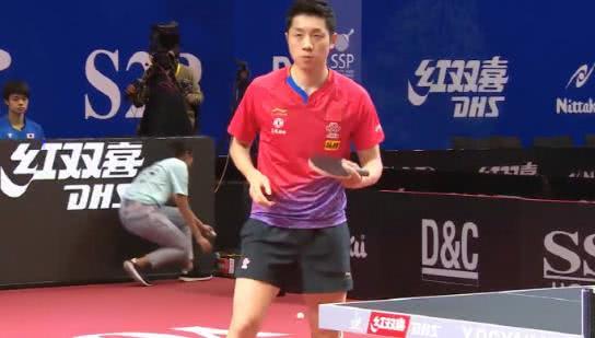 国乒3-0日本!许昕击溃张本智和,樊振东遇挑战,马龙无缘冠军