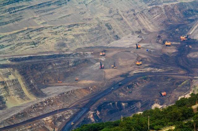 """中国最""""特殊""""煤矿,开采已有百年有余,如今却成为游客必去景点"""