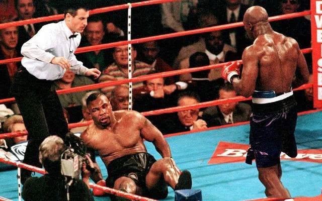 泰森不坐牢能击败霍利菲尔德吗?专家:KO获胜的概率仅有3成