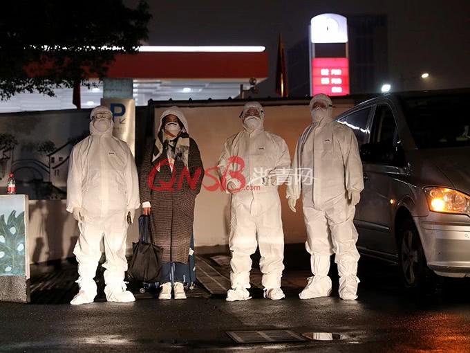 <b>刚刚,拱墅派专车接回两名从韩国回来人员,之前已有一个姑娘从德国回到拱墅</b>