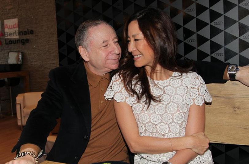 杨紫琼73岁外籍男友人品被疑,婚期一拖再拖是为了爱情的纯粹