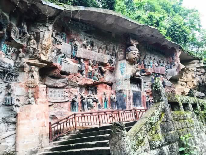 大足千手观音修复,发现暗格,佛像保存千年的现象被格内文物破解