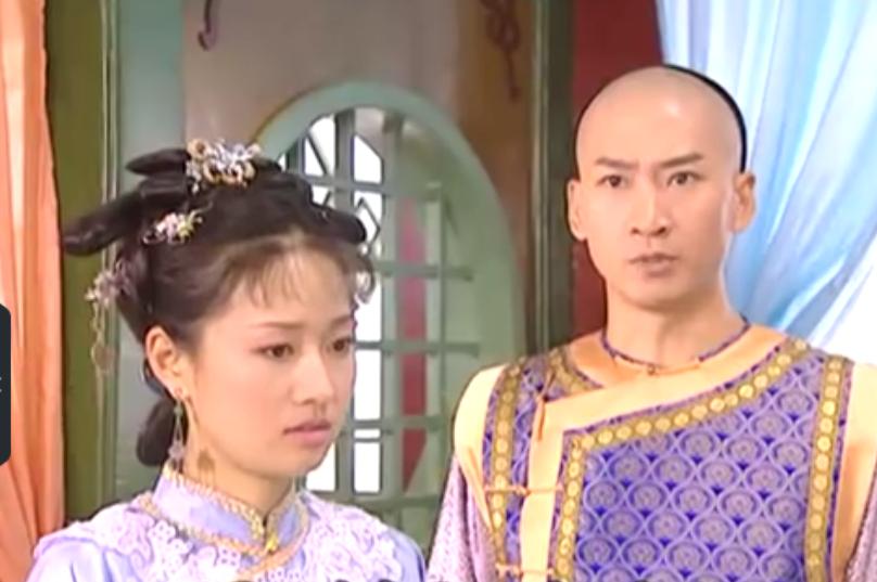 她几句话就可以让乾隆恨紫薇,若是进宫可能斗得了令妃?