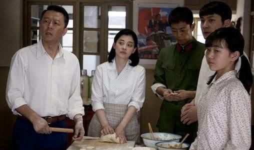 《父母爱情》江昌义认亲,亚菲哭得最伤心,不愧是安杰的小棉袄!