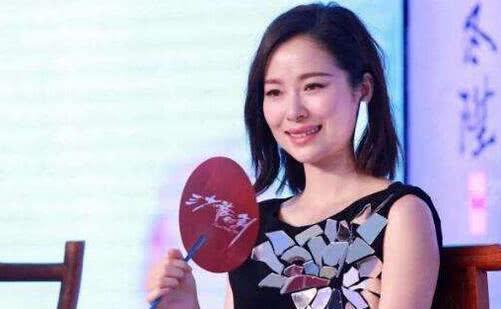 江一燕被嘲讽,baby的画被称小学生水平,而她的画让所有人惊呆了
