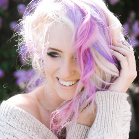 什么颜色的头发显得皮肤白,三招教你选择适合自己的发色