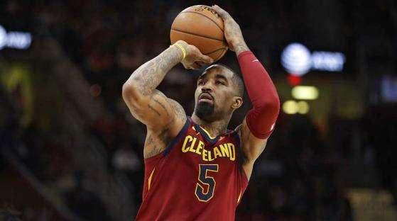 <b>天下武功唯快不破!NBA现役出手速度最快的球星,利拉德在榜!</b>