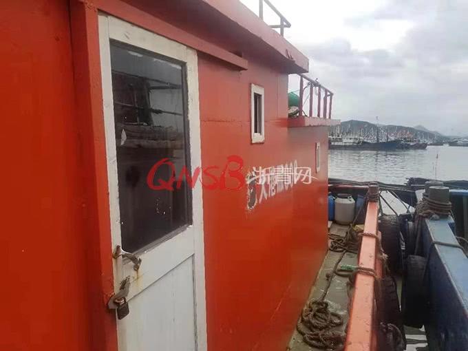 """男子为捕鱼,趁着""""利奇马""""来袭偷走了一条渔船,隔天就被抓获"""