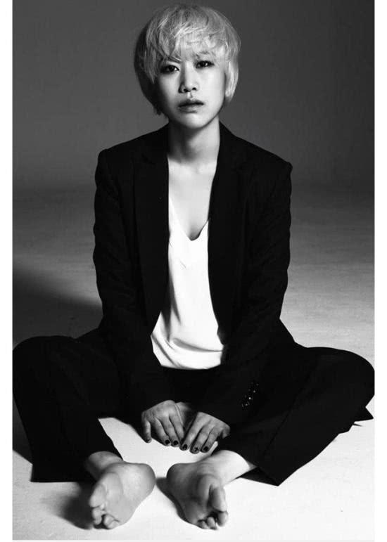 31岁韩国女歌手忽然死亡生前最后一条动态疑似求救信号