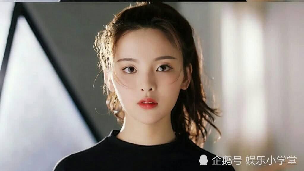 <b>杨超越首部女主剧《羽你同行》定档,高人气偶像能否扛收视率?</b>