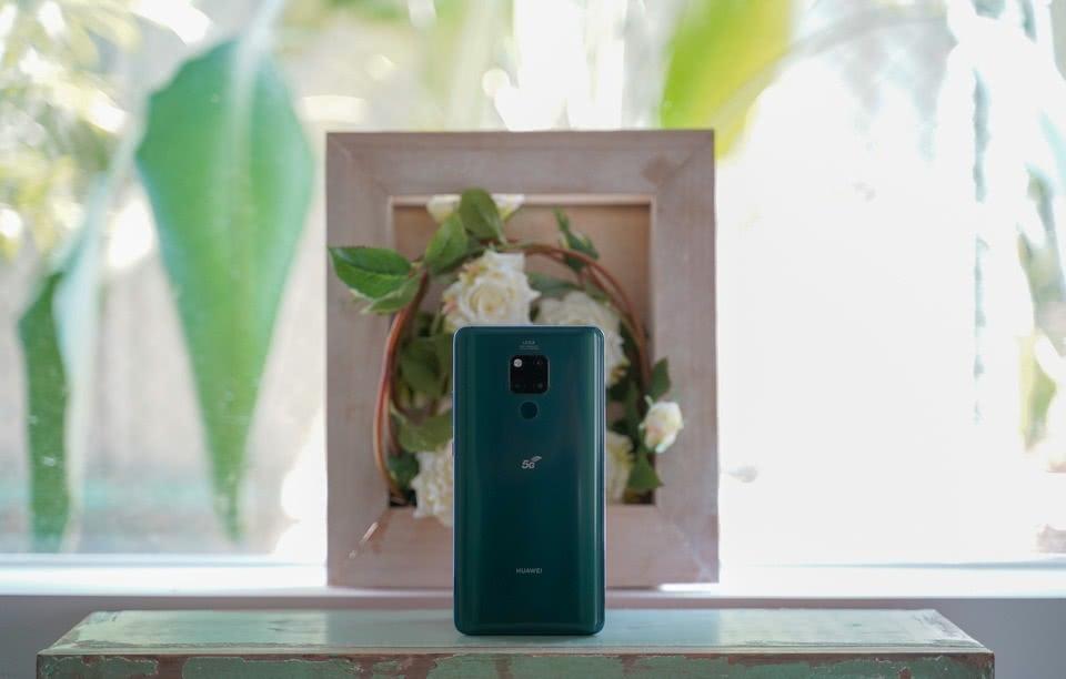 华为首款5G手机发布,雷军透露下一步计划:5G值得期待!