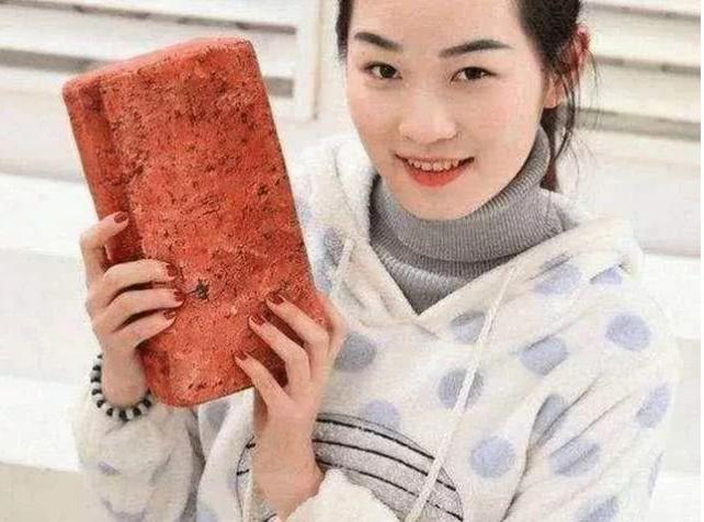 中国目前有哪些合法的自卫防身武器?女生更应该注意安全!
