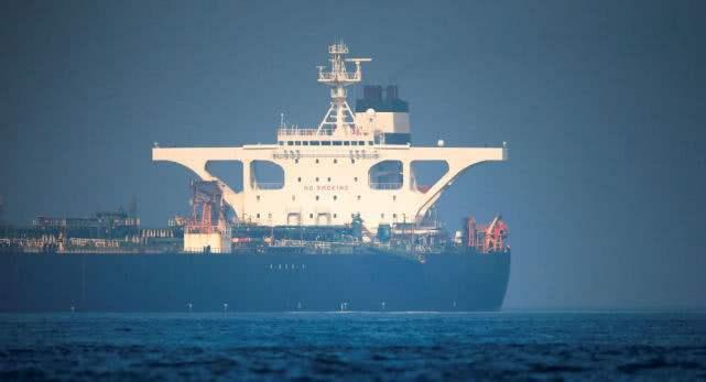 伊朗油轮真正目的地曝光,俄海军赶来护航,送给盟友关键物资