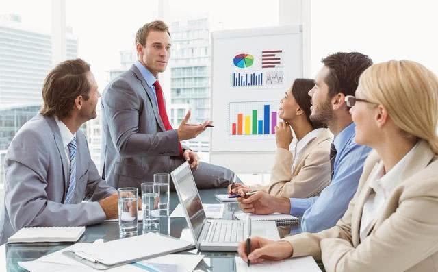 职场领导总喜欢提拔三类人,不是能力强,而是能做到这四点的人