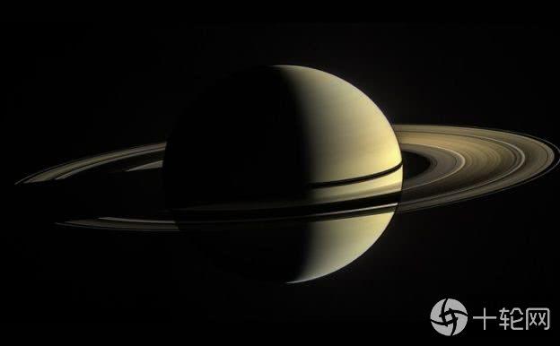 <b>土星内部流体像蜂蜜流动,阻止强风继续深入</b>