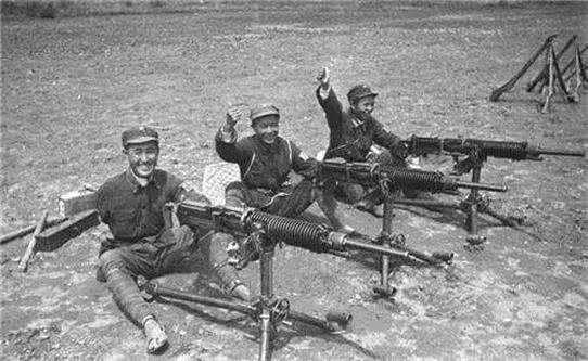 击杀美军最多的中国人!用美军尸体做掩护,32天杀214人