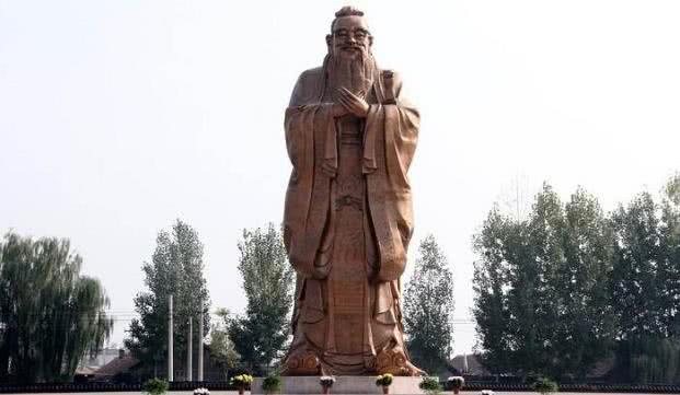 历代许多帝王都尊孔崇儒,为什么他们要不远千里来曲阜祭孔呢
