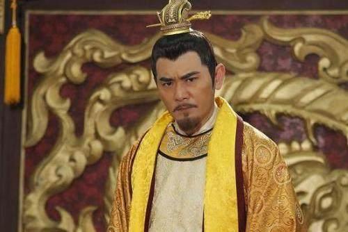 不会出现在历史课本的4个冷知识,皇帝1人追着几千敌军砍颠覆认知!