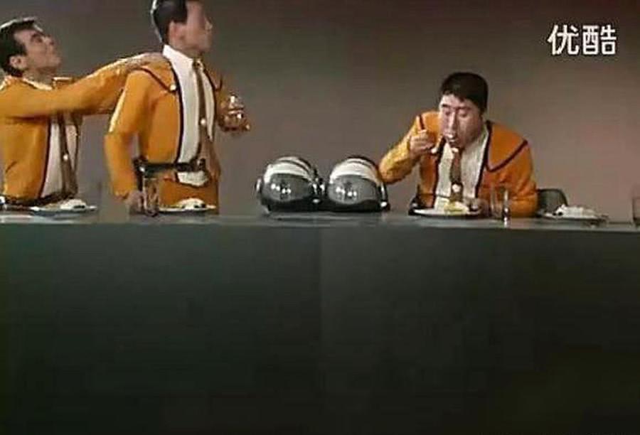 奥特曼最贪嘴的五种食物!捷德爱泡面,奥特兄弟撸串流口水