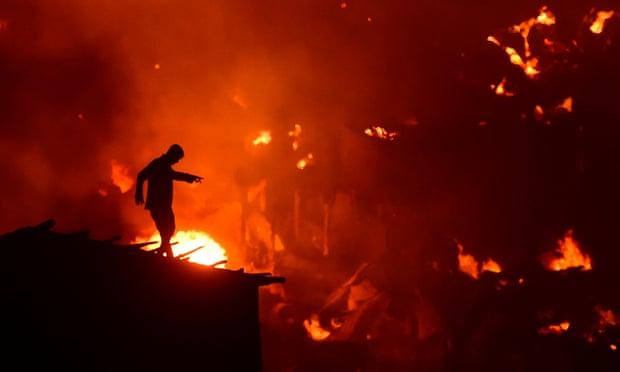 孟加拉大火:经济支柱行业的工人困境再度凸显