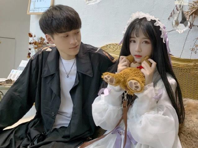 """毛宸宸否认""""吃软饭"""",计划两年内结婚,网友:杨清柠终遇好男人"""