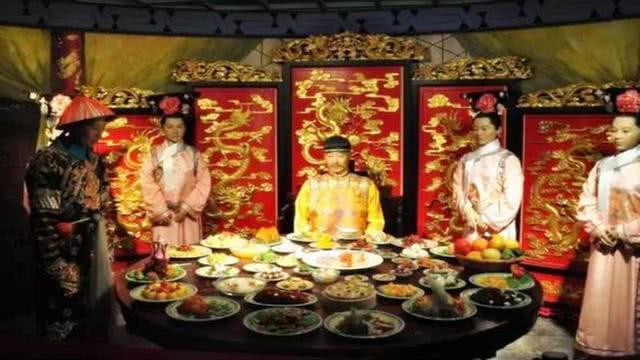 皇帝想多吃几口自己喜欢的菜有多难?老祖宗规矩这一关他就过不了