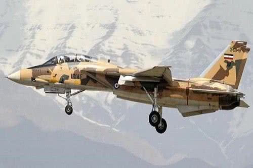 伊朗买此国武器,战机少给一架就算了,导弹咋少了430枚?