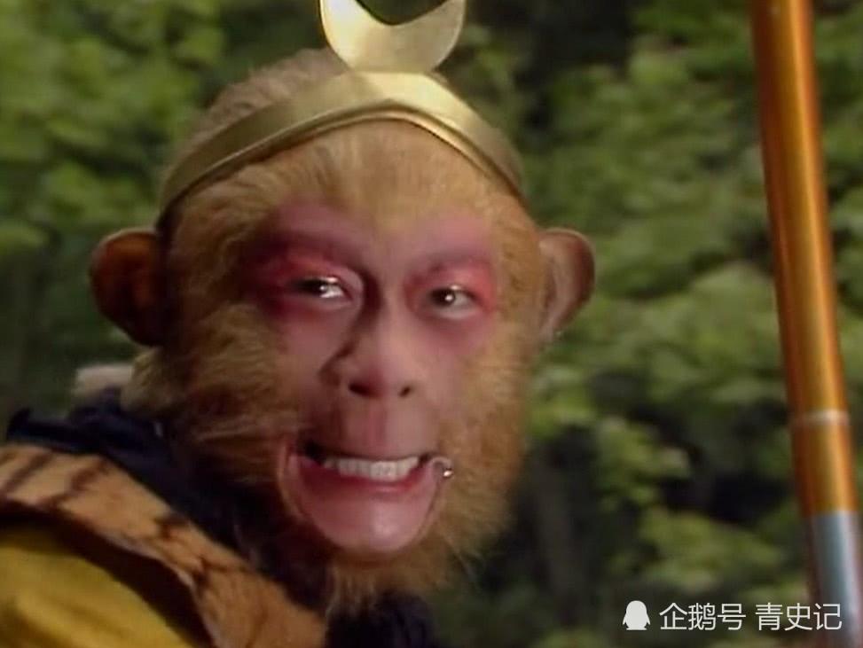孙悟空为什么灭了万圣龙王一家老小?你看九头虫干了什么